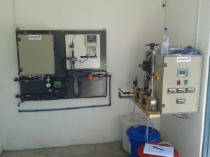 Chlorine dioxide generator and dosing station